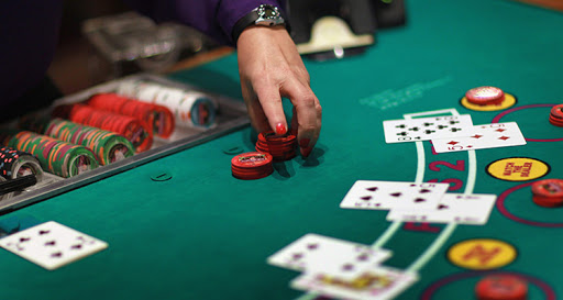 Uncomplicated Methods To Poker With Out Also Captivated With It