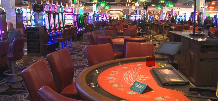 Practical Techniques To Show Casino Right Into A Sales Machine